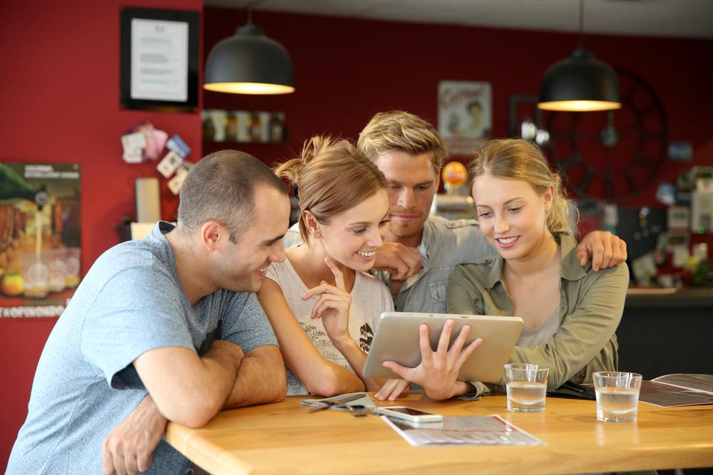 Cómo ganar dinero escuchando a tus clientes