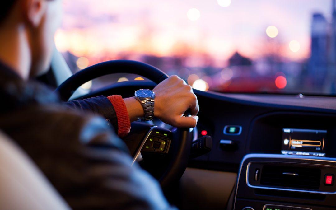 Estudio sobre el uso de coches con licencia VTC, un sector entre el éxito y la polémica